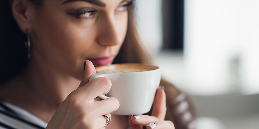 how does coffee effect your skin