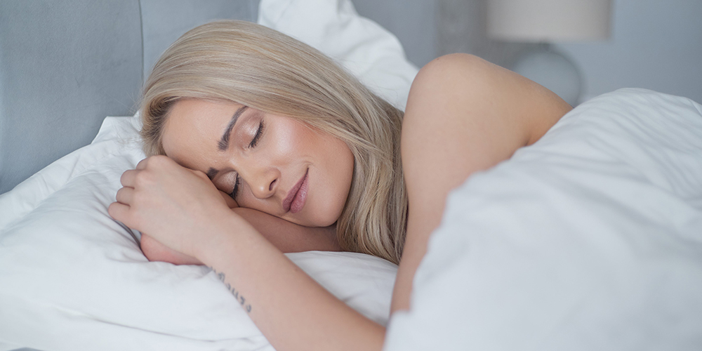 why sleeping in makeup is bad for your skin