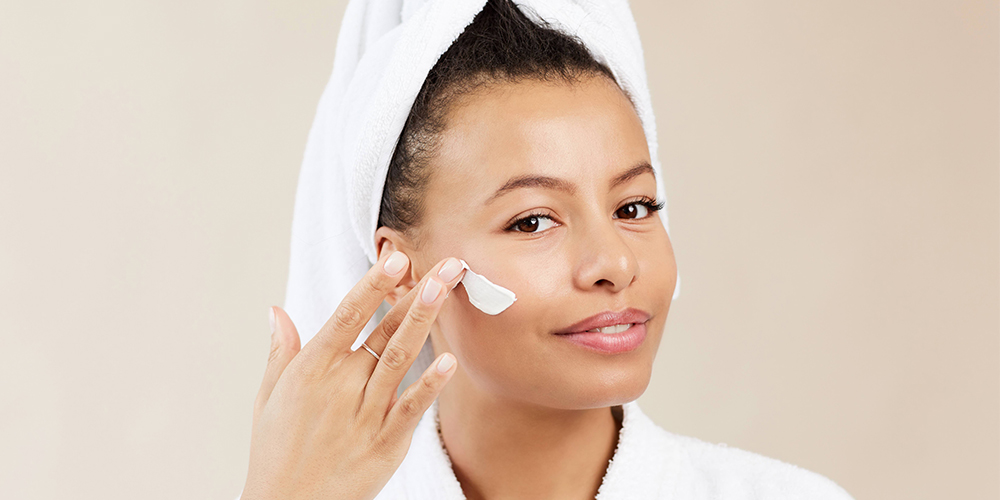 how to identify and treat oily skin
